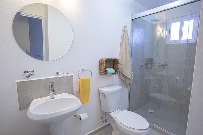 baño casa modelo encino tres cantos residencial querétaro
