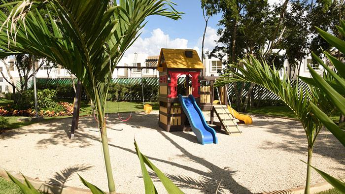 juegos infantiles paseo los olivos playa del carmen quintana roo