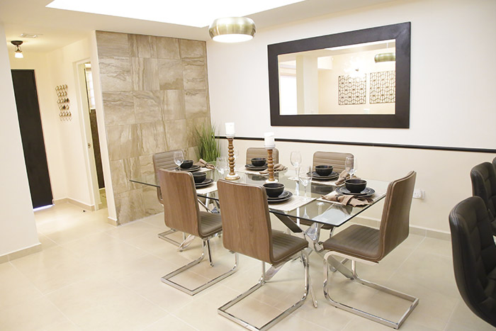 Comedor casa modelo santa sofía viñedos residencial chihuahua